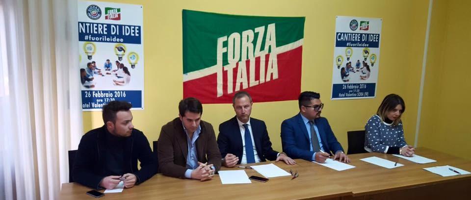 I senatori di forza italia scaricano ciacciarelli for Senatori di forza italia