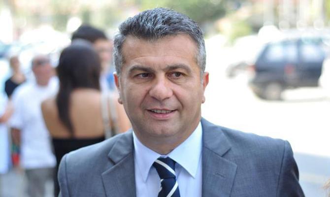 Politica: Bagnasco si dimette da coordinatore di Forza Italia