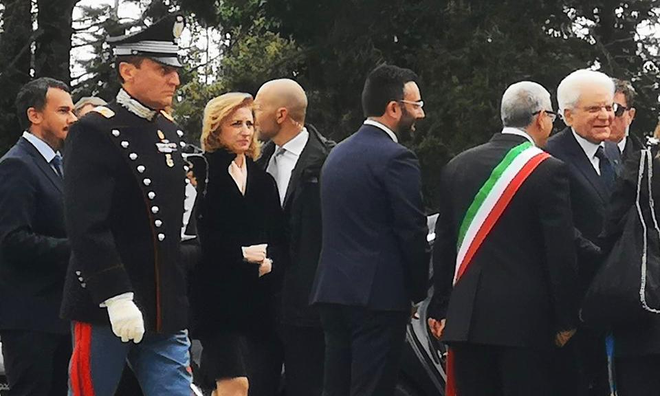 Mattarella: intolleranza ha meno remore